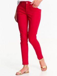 czerwone spodnie - jak dobrać spodnie rady stylistki